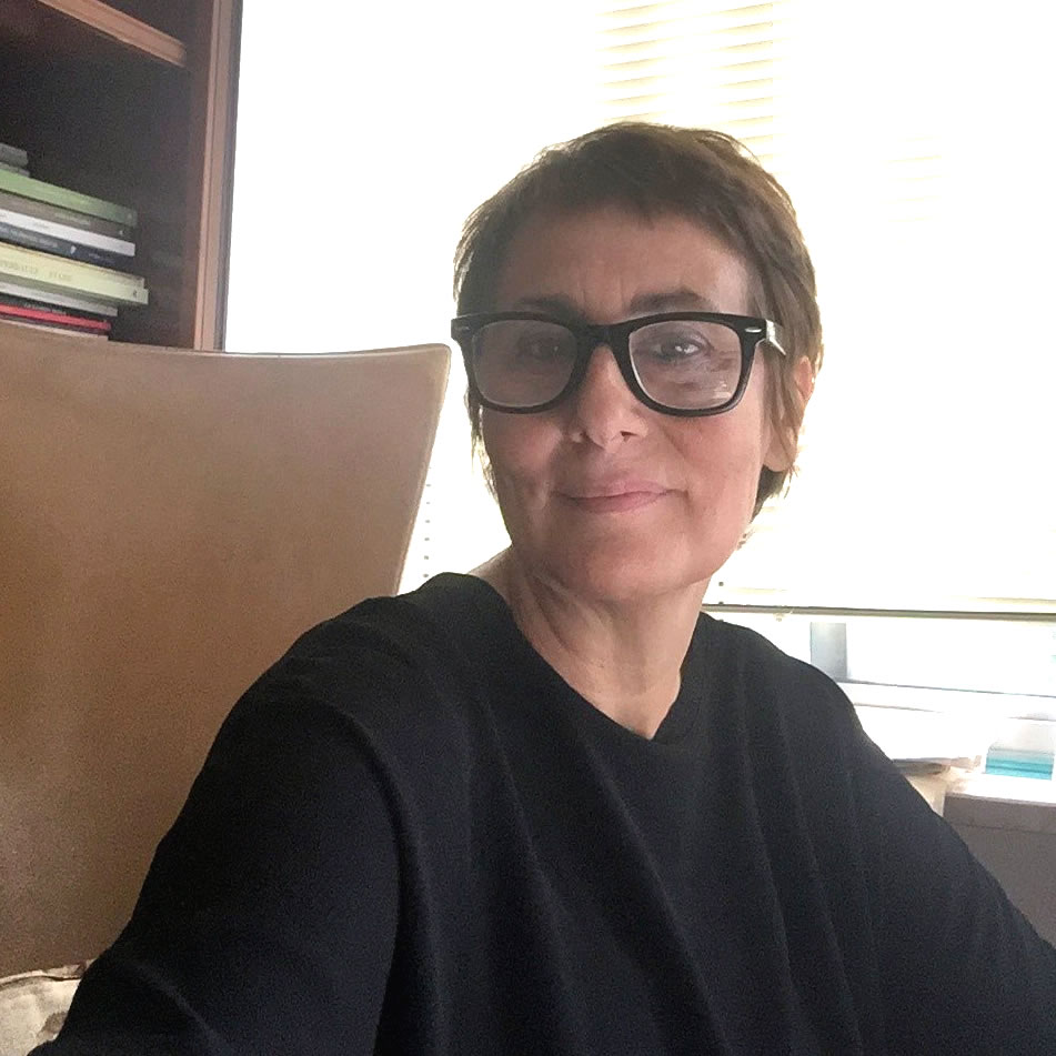 Loretta Santini